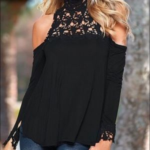 Tops - 👚 Tops sale ✅ 3/$35 💟 NWT Long Sleeve blouse
